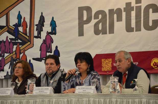 Elecciones Judiciales: a media jornada de votación, el TSE informa que existe alta participación de la ciudadanía en las urnas