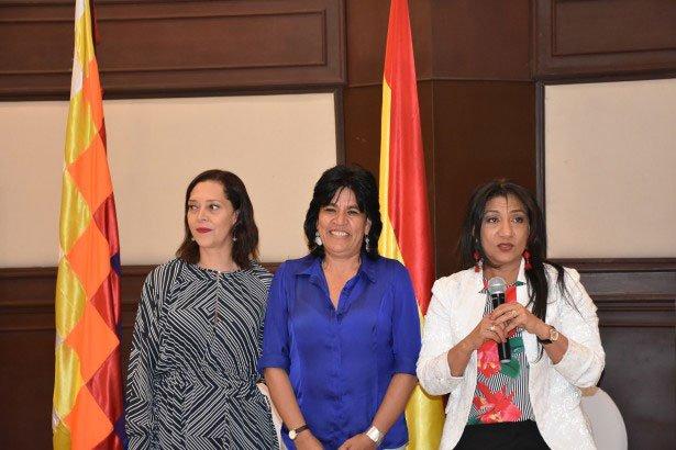Katia Uriona asume la presidencia de la Asociación de Magistradas Electorales de las Américas