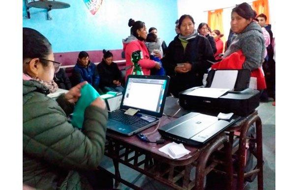 Argentina: el empadronamiento permanente de bolivianas y bolivianos llegó a Ugarteche