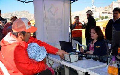 En un día, el Sereci entregó 113 certificados de nacimiento gratuitos a las y los afectados por el deslizamiento en La Paz