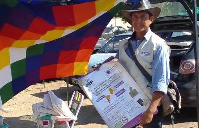 Argentina: conozca a Dalmiro Condory, un boliviano voluntario en la difusión del empadronamiento permanente