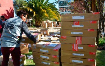 El TSE comienza el envío de las maletas electorales para el voto en el exterior