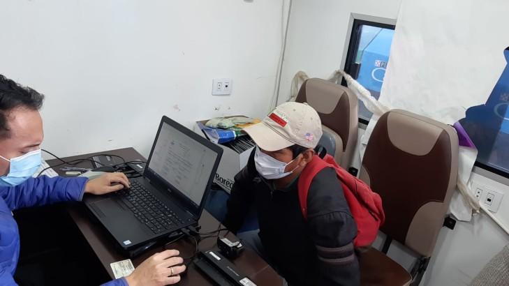 Durante tres días, Serecí hará saneamiento documental gratuito a población vulnerable de tres barrios en Cochabamba