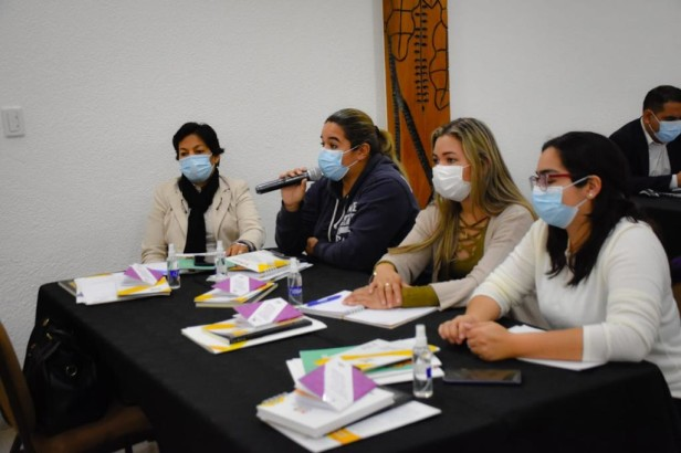 El TSE promueve en Santa Cruz los derechos de las mujeres y la lucha contra el acoso y la violencia política