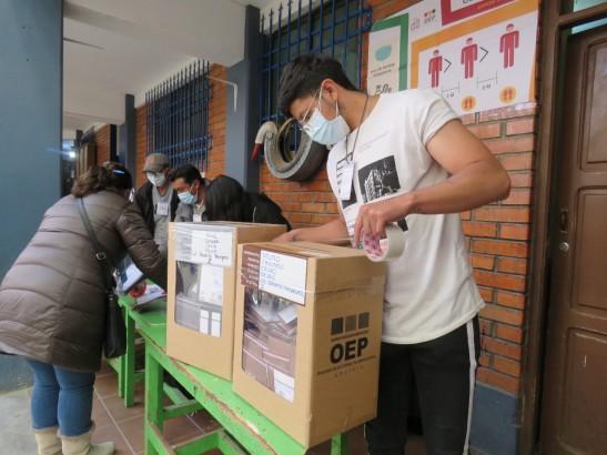 Jueces de Oruro asumen el desafío de construir procedimientos para la aplicación de justicia electoral