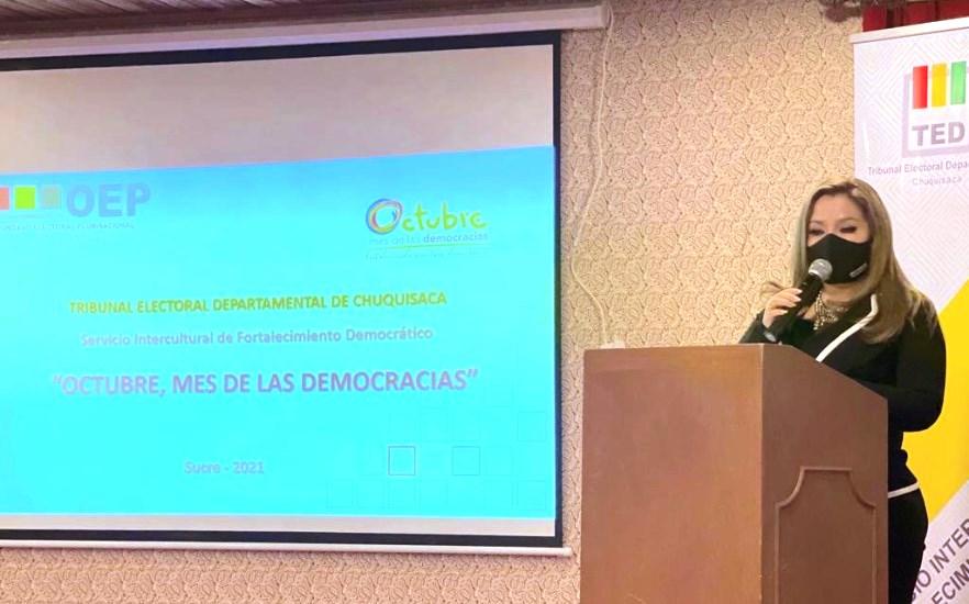 """El TED Chuquisaca presenta las actividades conmemorativas por el """"mes de las democracias"""""""
