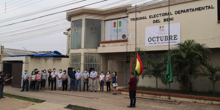 Beni: con acto cívico se inician las actividades por el mes de las democracias